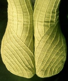 Twisted knitted sock pattern by Jodie Gordon Lucas for Knitty issue 31 spring+summer 2010