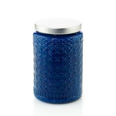 Smokey Blues Heritage® Scented Candle is a distinguished blend of aged pine, clove and vanilla.