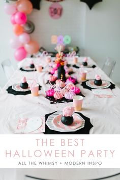 The Best Halloween Party Inspiration. All the whimsy and modern inspiration for a super fun halloween costume party Halloween 1st Birthdays, Halloween First Birthday, Costume Birthday Parties, Pink Halloween, Baby Girl Halloween, Fall Birthday, Halloween Party Costumes, Halloween Party Decor, Halloween Kids