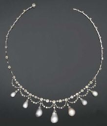 A fine Belle Epoque pearl and diamond necklace