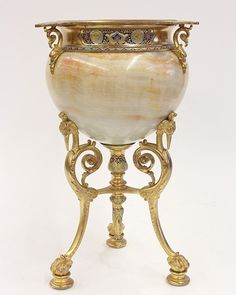 French champleve enamel decorated gilt bronze : Lot 6068