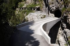 marte marte bridge schaufelschlucht designboom the monolithic concrete form is composed with curving geometries, which are intended to display the structural forces it negotiates and express the contours of the land.