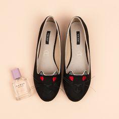 Dámske balerínky LORD KITTY 9055-1B Salvatore Ferragamo, Lord, Kitty, Flats, Shoes, Fashion, Toe Shoes, Moda, Zapatos