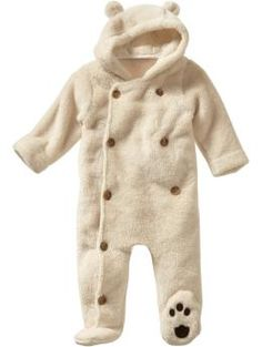 omg. baby polar bear oufit?! my nickname for shawn is 'polar bear' ...so, i'd have to get this.