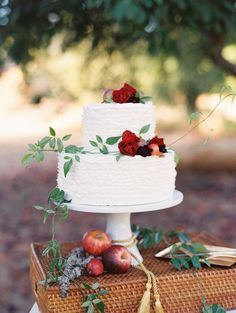 cake by http://krumbscake.com/ // Vintage elegance wedding inspiration ~ Landon Jacob via @Judy Clark Sparrow - wedding blog