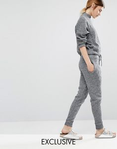 Buy it now. Stitch & Pieces Knitted Joggers - Grey marl. Sweatpants by Stitch & Pieces Soft-touch knit Drawstring waistband Side pockets Fitted cuffs Tapered leg Relaxed fit Machine wash 95% Acrylic, 5% Elastane Our model wears a UK S/EU S/US XS and is 173cm/5'8 tall Exclusive to ASOS , pantalónjogger, joggers, jogging, joggingbásico, joggingculotte, joggings, jog, jogger. Gray Stitch & Pieces  joggers  for woman.