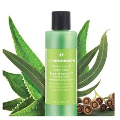 Ole Henriksen Aloe Vera Deep Cleanser A powerful A.M and P.M cleanser for combination and acne-prone skin. Formulated with aloe Vera, chamomile, and plenty of beneficial vitamins to soothe, clear, restore balance, and deeply cleanse the skin. Formulated WITHOUT: Parabens | Sulfates | Phthalates Other Elf Products, Home Remedies For Pimples, Ole Henriksen, Coconut Oil For Skin, Happy Skin, All Things Beauty, Beauty Tips, Acne Prone Skin, Products