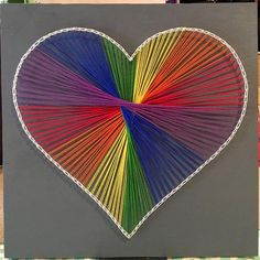 Rainbow Heart String Art You are in the right place about nail colors mauve Here we offer you the mo Pin Art String, String Art Heart, String Wall Art, Nail String Art, String Crafts, Diy Wall Art, Resin Crafts, Disney String Art, String Art Templates