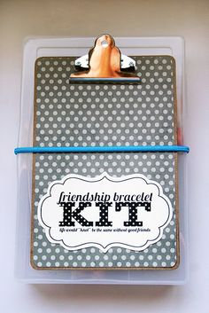 friendship bracelet kit - clever! this could start a new trend at the kids school....