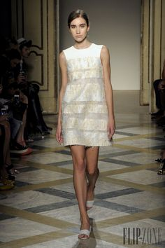 Chicca Lualdi BeeQueen Spring-summer 2015 - Ready-to-Wear