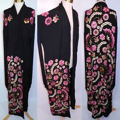Vintage Art Deco Black Silk Floral Embroidered Piano Shawl Long Robe Coat. This vintage Art Deco black silk floral embroidered piano shawl long robe coat dates from the 1920s.