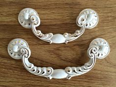 3.75 5 Shabby Chic Bail Dresser Pull Drawer Pulls Handles White Gold French Country Kitchen Cabinet Handle Pull Furniture Hardware 96 128 mm The