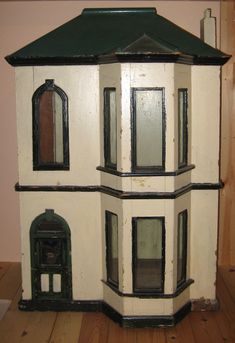 Antique Dollhouse  Rick Maccione-Dollhouse Builder www.dollhousemansions.com