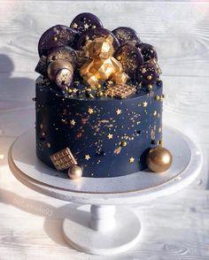Cute Cakes, Pretty Cakes, Beautiful Cakes, Amazing Cakes, Cake Design For Men, Buttercream Cake Designs, Chocolate Diy, Baby Birthday Cakes, Cakes For Men