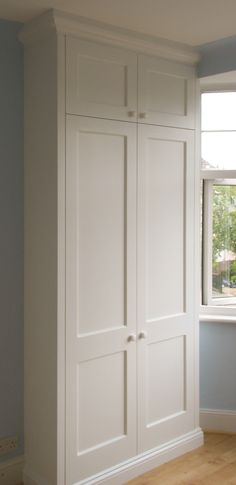 Proline interiors fitted wardrobe, including raised cornice and skirting. Proline interiors fitted wardrobe, including raised cornice and skirting. Wood Bedroom, Closet Bedroom, Bedroom Storage, Design Bedroom, Closet Wall, Bathroom Closet, Built In Cupboards, Bedroom Cupboards, Alcove Wardrobe