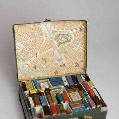 Bizce de kitaplığınızı düzenlemenin vakti geldi. Sabit Fikir'den dekorasyon önerileri burada! http://www.sabitfikir.com/haber/kikg-kitapliklar