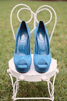 Yves Saint Laurent blue shoes! I love them! =)