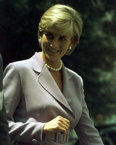 June 17, 1997: Diana, Princess of Wales working with the President of the American Red Cross, Elizabeth Dole in Washington, D.C. in a campaign to ban landmines.