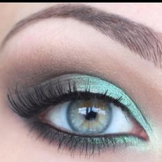 Minty smokey eye