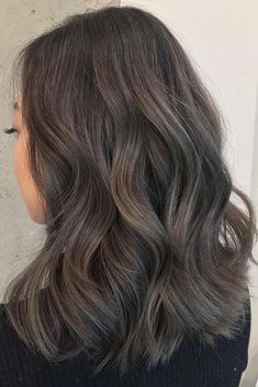 Long Wavy Ash-Brown Balayage - 20 Light Brown Hair Color Ideas for Your New Look - The Trending Hairstyle Cool Tone Brown Hair, Dark Ash Brown Hair, Ash Brown Balayage, Golden Brown Hair, Brown Hair Shades, Brown Ombre Hair, Brown Blonde Hair, Brown Hair With Highlights, Brown Hair Colors