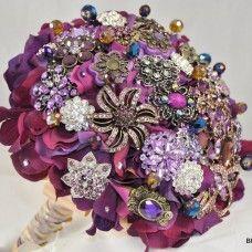 Sangria Brooch Bouquet BB09 | Blue Petyl - Couture Wedding Bouquets