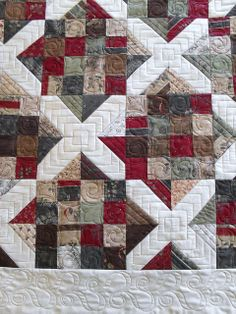 Lovely scrappy quilt ♥