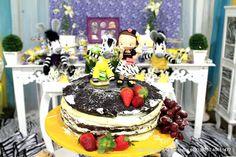 Zou Zebra Naded Cake