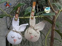 Amigurumi do Zero #34 - Coelhinho para a Páscoa - YouTube Easter Crochet Patterns, Crochet Bunny, Knit Crochet, Spring Crafts, Easter Crafts, Plant Hanger, Baby Toys, Crochet Projects, Diy