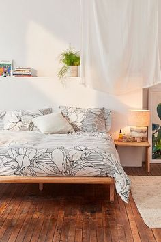 Magnolia Lines Duvet Cover | Urban Outfitters