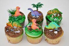 dinosaur cupcakes | dinosaur cupcake