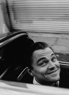 one of my all time fave leo pictures okayy Pretty People, Beautiful People, Leonardo Dicaprio Movies, Leo And Kate, Queen Kate, Imaginary Boyfriend, Cute Faces, Celebs, Celebrities