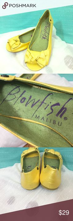 Blowfish Malibu Flats w/ bow accents Sunshine Yellow Flats with cute fish bone rivets and matching bows! Never worn Blowfish Shoes Flats & Loafers