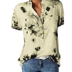 Elegant Style Women, Elegant Woman, Printed Blouse, Printed Shirts, T Shirts, Floral Blouse, Plus Size Shorts, Plus Size Tops, Casual Tops