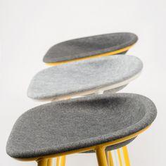 LJ3 stool - Great Dane