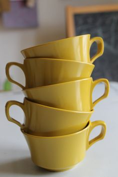 Vintage Set of 5 Gold / Yellow Allied Chemical by shanieandsallie