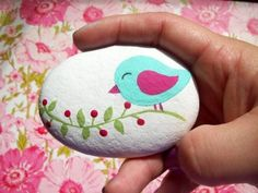 Paint stones: 60 ours Steine bemalen: 60 unserer Lieblingsideen! stones painted stone with a colorful birds Colorful and Artsy IdeasGarden Decoration Stone ScCustom Pet on a Stone – S Cactus Painting, Diy Painting, Stone Drawing, Rock Crafts, Diy Crafts, Mandala Art, Garden Drawing, Rock Painting Designs, Diy Décoration