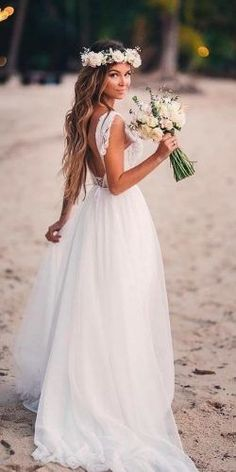 In general, the choice of beach wedding dresses is endless. Such a romantic type wedding is much deserving of a simple sexy wedding dress. dresses for wedding guest beach destinations 51 Beach Wedding Dresses Perfect For Destination Weddings Simple Sexy Wedding Dresses, Outdoor Wedding Dress, Lace Beach Wedding Dress, Wedding Dresses Plus Size, Wedding Gowns, Lace Wedding, Dress Beach, Boho Beach Wedding Dress, Wedding Summer