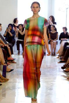 Josie Natori Spring 2014 Ready-to-Wear Collection Slideshow on Style.com