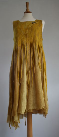 Merino Silk Dress naturally dyed OOAK by on Etsy Silk Dress, Dress Up, Dress Vestidos, Altered Couture, Mode Style, Refashion, Silk Fabric, Dress Making, Bohemian Style