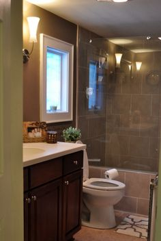 love the glass instead of shower curtain! Great Ideas — Build It: 20 Home DIY Projects!!