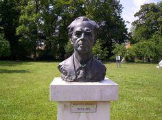 Pourquoi Béla Bartok entrera dans le domaine public en 2016 partout dans le monde… sauf en France ! [Buste de Béla Bartok (Image par Renard de Hongrie. CC-BY-SA. Source : Wikimedia Commons].