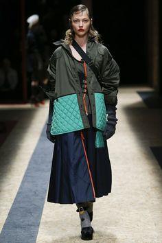Неделя моды в Милане: Prada осень/зима 2016/17 (Интернет-журнал ETODAY)