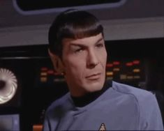 13 Ridiculously Obnxious Reactions To My Tattoos: spock gif