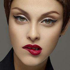 Pettinatura e make up Rockabilly 2014 (Foto Rockabilly Makeup, Pin Up Makeup, Retro Makeup, Vintage Makeup, Makeup Art, Beauty Makeup, Makeup Looks, Face Makeup, Crazy Makeup