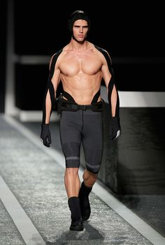 The Alexander Wang x H&M collection debuts on the runway in New York - FY