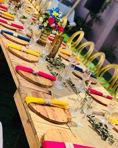 Not to mention wedding decoration. Because wedding decors give important tips to the guests in terms of reflecting the style of the couple to be married. African Wedding Theme, African Wedding Attire, African Wedding Cakes, African Weddings, African Traditional Wedding Dress, Traditional Wedding Decor, Traditional Dresses, Zulu Wedding, Rustic Wedding Decorations
