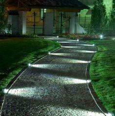 Awesome outdoor lawn lights landscape lighting ideas diy home patio lanterns lites . back yard lighting Landscape Lighting Design, Modern Landscape Design, Modern Landscaping, Outdoor Landscaping, Front Yard Landscaping, Landscaping Ideas, House Landscape, Walkway Ideas, Patio Ideas
