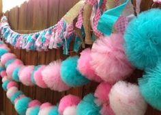 decoración con pompones de tull