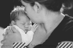 Newborn Lifestyle Photography E Schmidt Photography Detroit, MI Lifestyle Photographer