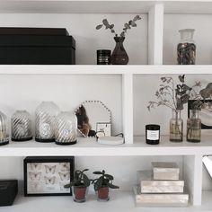 """452 mentions J'aime, 16 commentaires - LgB (@lgb.etc) sur Instagram: """"Shelfie. Black and white mood for fall. (Et le parfum de Fleur Fantôme)"""""""